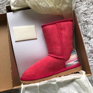 73a76cb24a2 UGG pure Classic Short Serape Waterproof Boot RED NWT